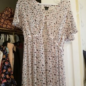 Torrid sheer blouse size 1♡♡♡
